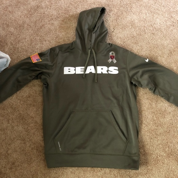 buy popular 1d1f6 43b97 Chicago Bears military hoodie